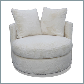 1522 Cuddler Chair